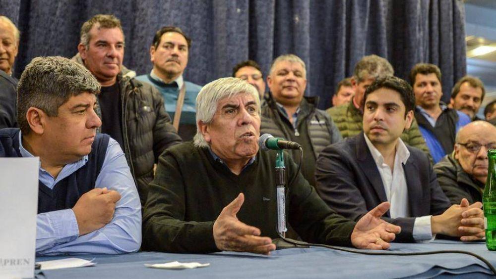 La Justicia ya le embargó a Camioneros 300 millones de pesos