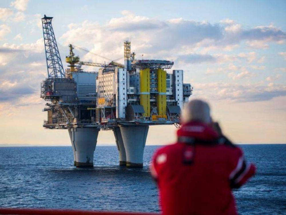 Indicadores económicos del mercado energético: Exxon Mobil, Rosneft