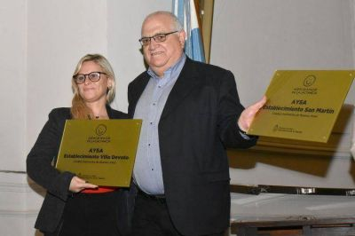 Premian a AySA y al SGBATOS por fomentar la lactancia materna