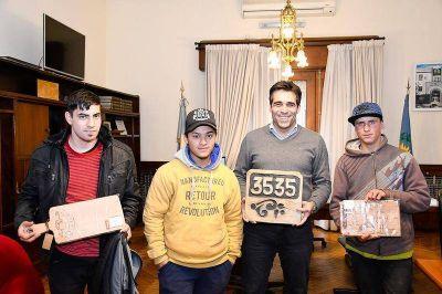Alumnos del Programa Envión y un reconocimiento a López