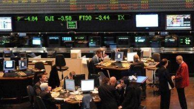 Peligroso: el nuevo salto del riesgo país amenaza con agravar la recesión