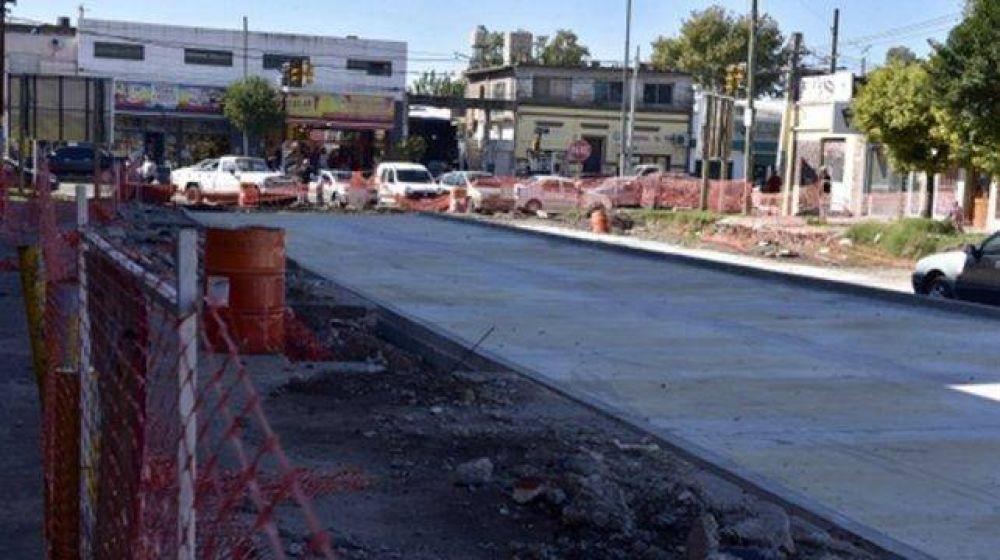 Más de $1.700 millones en obras de infraestructura