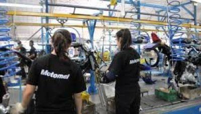 Fábrica Motomel suspende 300 trabajadores