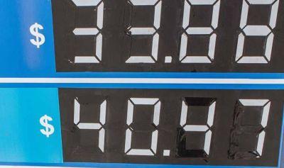 Pronostican que el precio de la nafta súper se estabilizará en torno a un dólar