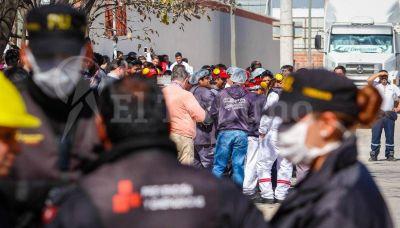 Evacuados e intoxicados por fuga de amoníaco en la planta de Coca Cola