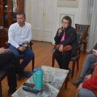 Barrio Petroleros: Abella se reunió con vecinos para empezar a tramitar sus escrituras