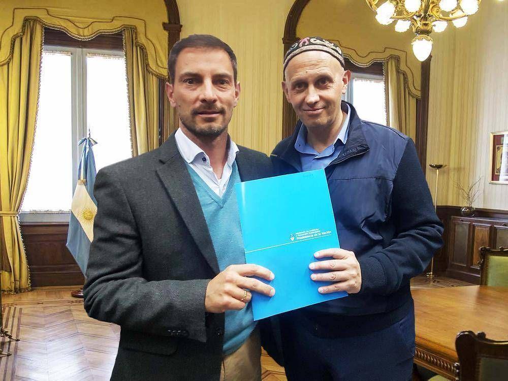 Fabio Barbero con el ministro Sergio Bergman