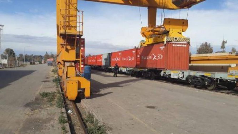 El centro logístico ferroviario de Palmira despachó su primera carga
