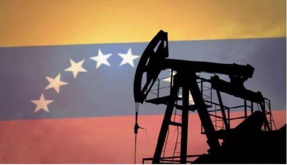 Producción petrolera venezolana retrocedió 47.000 barriles en Julio