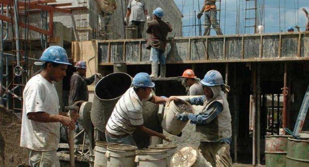 Costo de la construcción subió 1,8% impulsado por alza en materiales