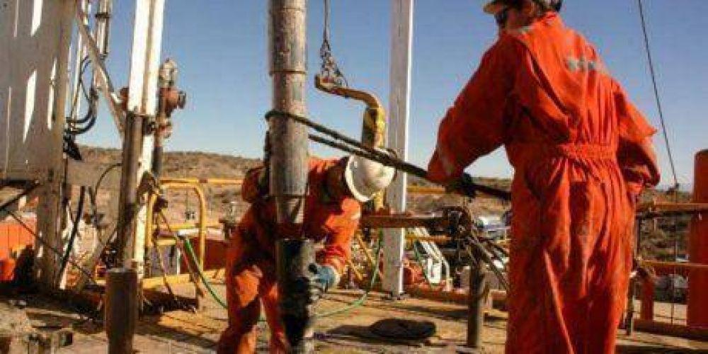 Petroleros lanzaron un paro tras la muerte de un operario