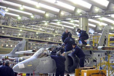 En Fabricaciones Militares lanzan un fuerte ajuste