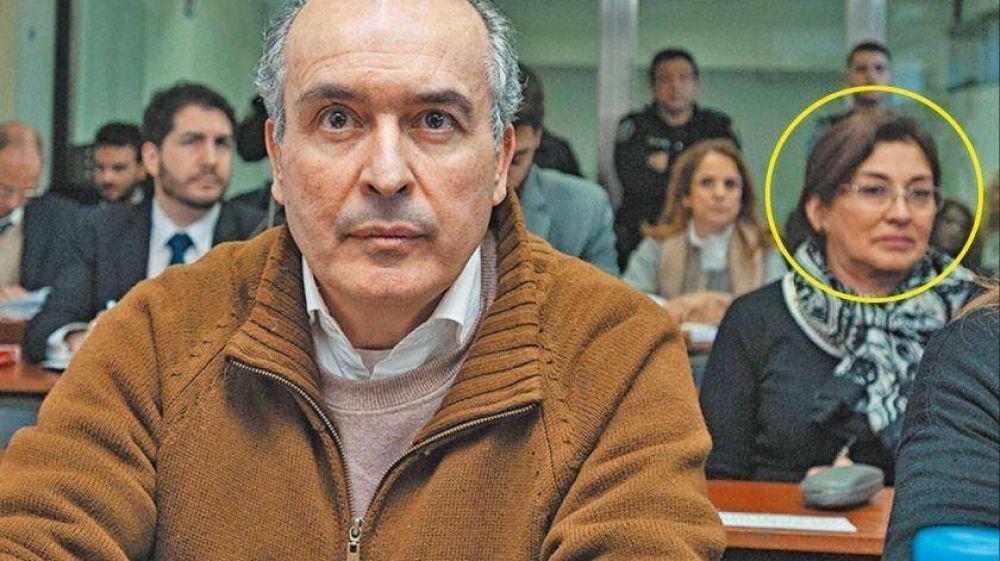 Expectativa empresarial y política por los puntos reservados de la confesión de López