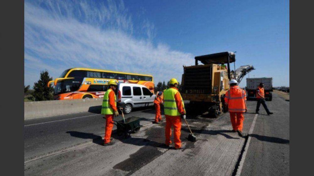 Gobierno apura pagos a contratistas para evitar que se frene la obra pública