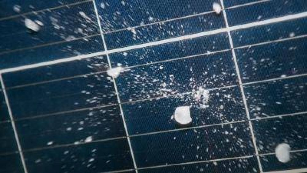 Nuevo simulador de granizo para ensayar paneles solares