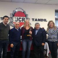 Carola Bertoldi y Gonzalo Diez en reunión seccional de la UCR