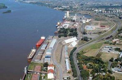Bajante del río Paraná afectó operaciones en puerto de Rosario