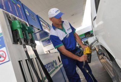 Cómo obtener descuentos cuando se carga combustibleSe produjeron 10 subas en el curso de 2018.