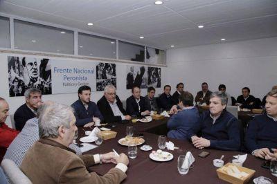 El PJ enciende la alarma: los intendentes del peronismo en pie de guerra por el Fondo Sojero