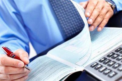 Los gobernadores opositores insisten en revisar el plan de reducción de impuestos