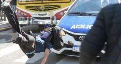 Por la represión a los trabajadores de Astillero Río Santiago, paran ATE, Suteba y Udocba