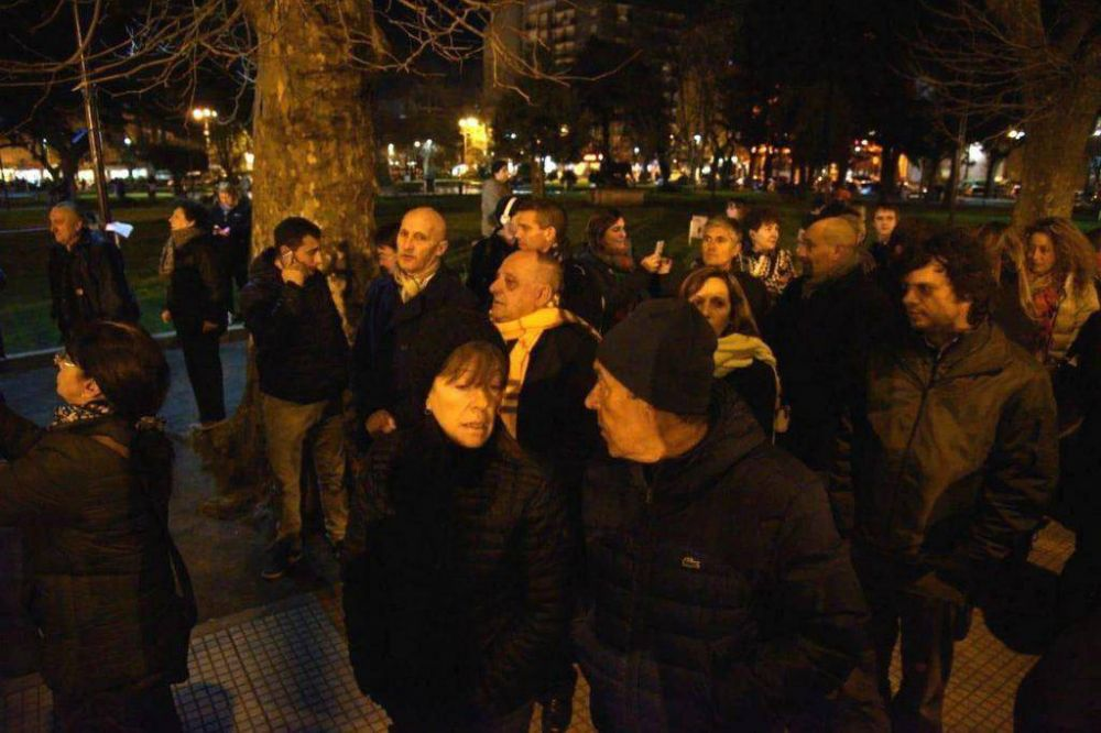 """Arroyo en la plaza y nombrado por CFK, la serie de Monzón y la """"locura"""" por el doctor Manes"""