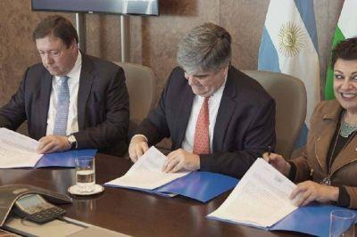 YPF proyecta aumentar 30% su producción de petróleo y gas en su yacimiento estrella de Río Negro