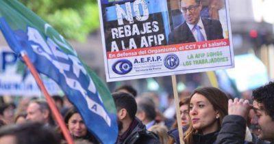 Gremio de la AFIP pide la inconstitucionalidad del recorte salarial de Cuccioli