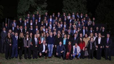 Mauricio Macri recibió a los legisladores de Cambiemos y buscó inyectarles optimismo