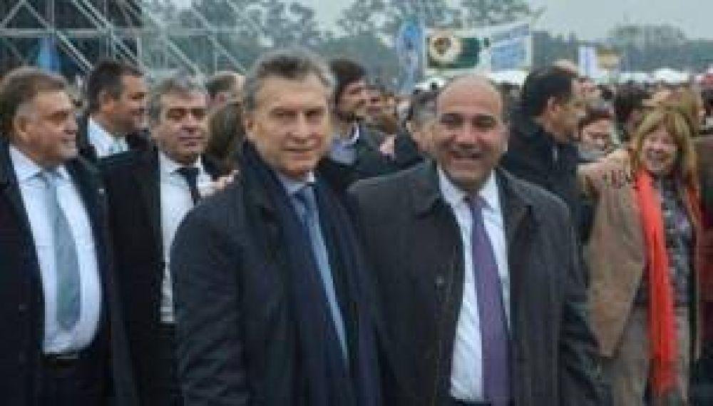 Macri visitara la provincia para inaugurar obras de YPF