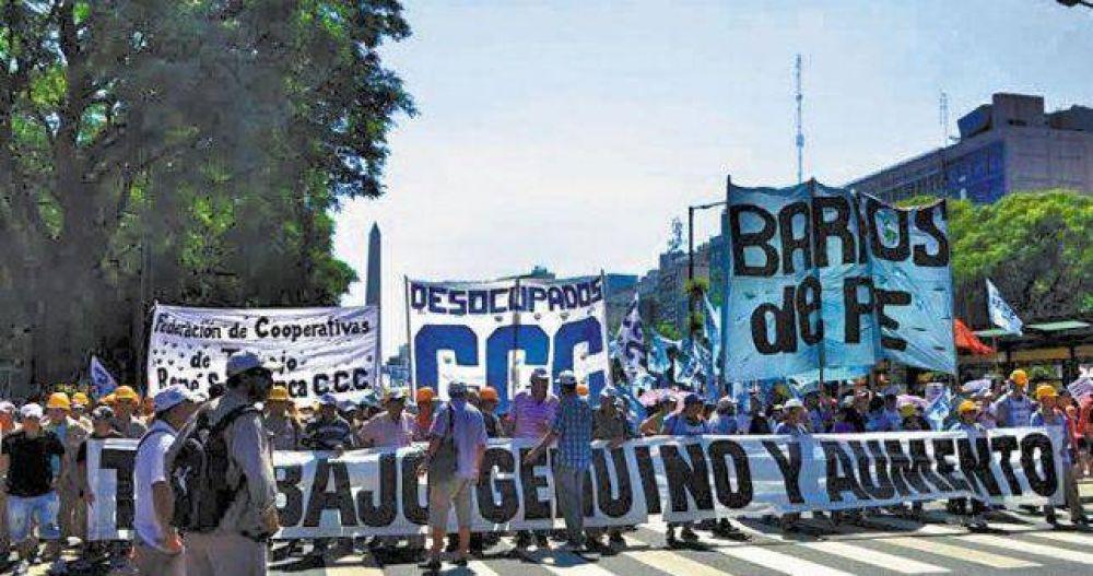 El triunvirato de San Cayetano marcha para reclamarle a Triaca los pagos a los cooperativistas