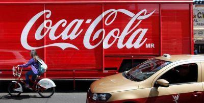 Denuncian que el Gobierno Mexicano beneficia a Coca Cola mientras comunidades carecen de agua