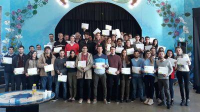 Premian a los ganadores de la primera competencia del Programa Ingenieros