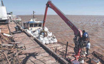 Extraen más de cien toneladas de basura en la isla Martín García