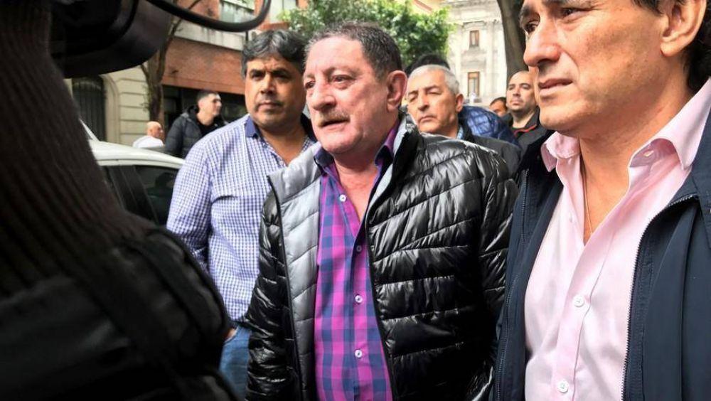 El ala sindical que comanda Oscar Viviani se baja del plenario de la CGT
