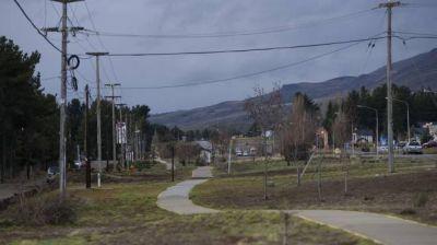 Dina Huapi tiene 6.000 habitantes y ni un metro de cloaca