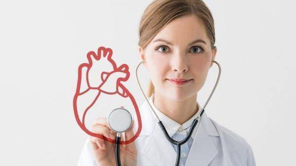 El corazón, en alerta roja: cada 11 minutos muere una mujer por enfermedad cardiovascular en la Argentina