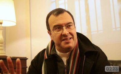 """El Obispo de Mar del Plata, sobre la ola de apostasías: """"Algunas personas entienden que el tema de la fe fue una imposición de los padres"""""""