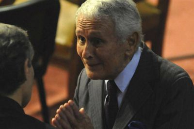 Vidal rechazó un pedido de Etchecolatz para reincorporarse a la policía bonaerense