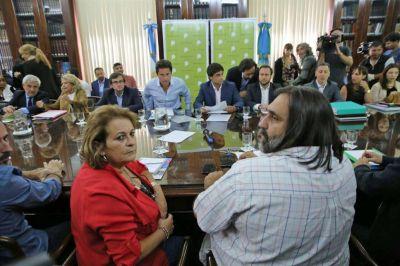 Conflicto docente: el gobierno de Vidal ratificó que descontará los días de paro