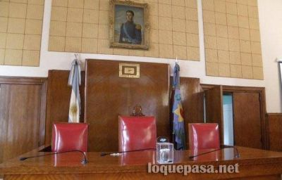 Mourelle pidió no pagar reencasillamientos a empleados del Concejo Deliberante