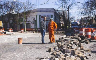El Municipio realiza obras hidráulicas inéditas en boulevard Dellepiane