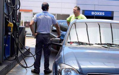 Alerta por la reducción de la capacidad de compra de combustibles