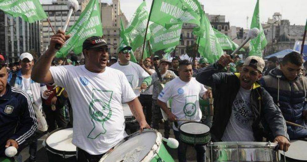 Tras su salida de la CGT, Camioneros marcha contra la millonaria multa que le puso Triaca
