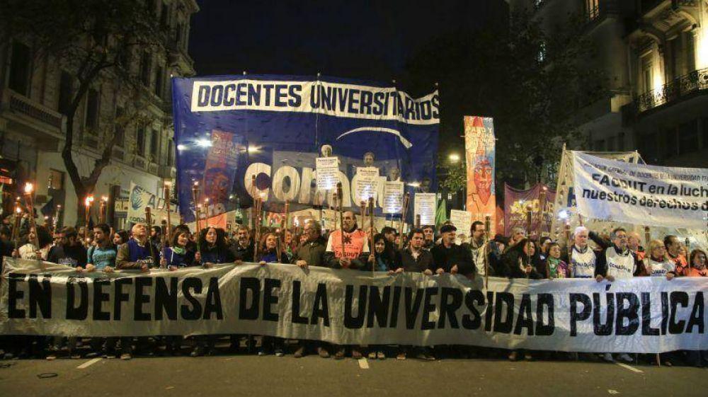 Marchas en defensa de la universidad pública y contra el ajuste