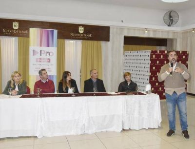 Giri regresó al ruedo político con una enérgica defensa a Mauricio Macri y María Eugenia Vidal