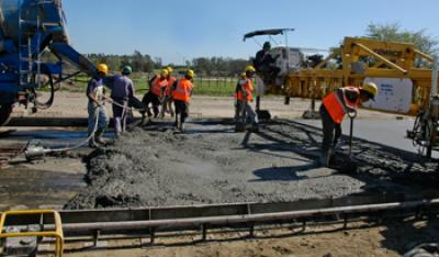 Uruguay destina 211 millones de pesos a caminería rural