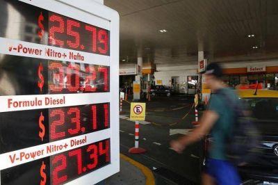 Aumentan los precios de los combustibles 12 por ciento