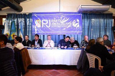Con un documento de seis pasos, el PJ bonaerense le lanza una soga al Gobierno