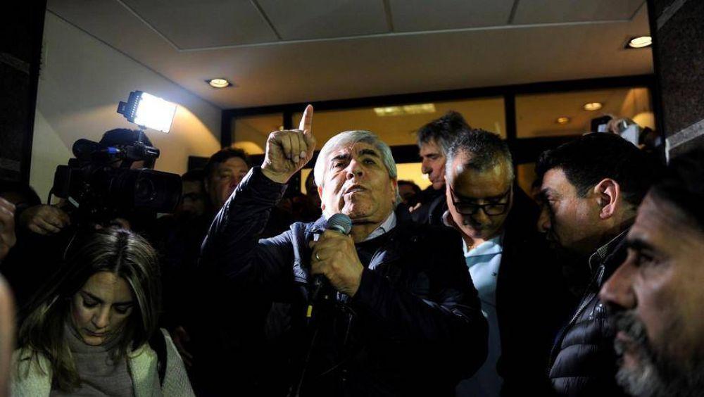 """La AFIP pedirá a la Justicia la """"intervención completa"""" de OCA"""